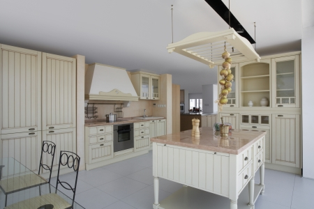 country store: Kitchen in contemporary furniture store LANG_EVOIMAGES