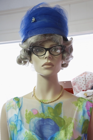 manequin: Mannequin Wearing Vintage Clothing LANG_EVOIMAGES