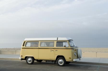 campervan: Camper van at the beach LANG_EVOIMAGES