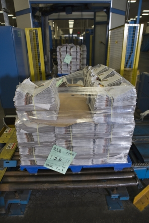 Pile of newspapers in factory Stock Photo - 20717715