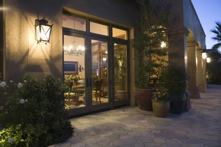 showhome: Palm Springs exterior with wall mounted lighting LANG_EVOIMAGES