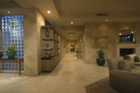 palm springs: Marble floored hallway with glass bricks Palm Springs LANG_EVOIMAGES