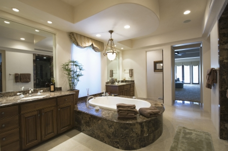 palm springs: Marble bath with surround in Palm Springs home