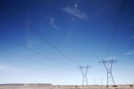 fuel and power generation: Electricty pylons USA