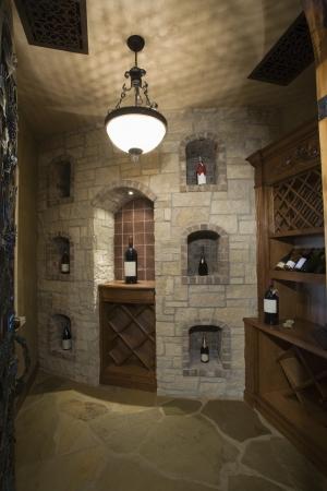 palm springs: Palm Springs wine cellar LANG_EVOIMAGES