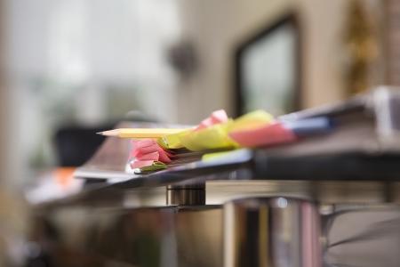 design studio: Post it notes on design studio desk LANG_EVOIMAGES