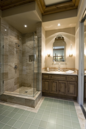 stone wash: Marble shower cubicle with tiled green floor