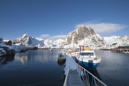 sund: Fishing pier in Sund Flakstadoya Loftofen Norway LANG_EVOIMAGES