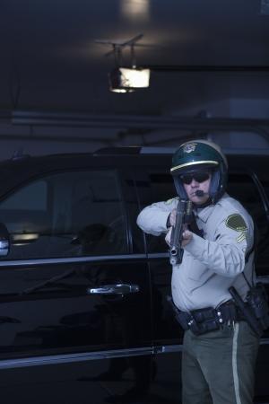 patrolman: Nightwatch patrolman aims rifle LANG_EVOIMAGES