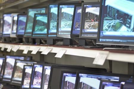 pracoviště: Interiér obchodě s elektronikou