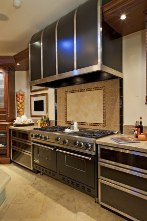 oven range: Stainless steel Stove cooker in kitchen