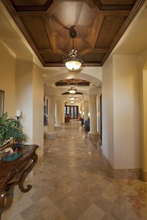 entranceway: Empty hallway in house