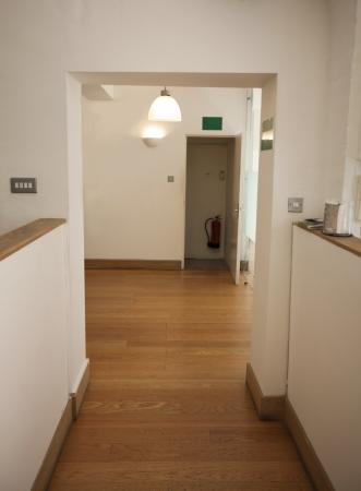 Empty doorway in office Stock Photo - 23272297