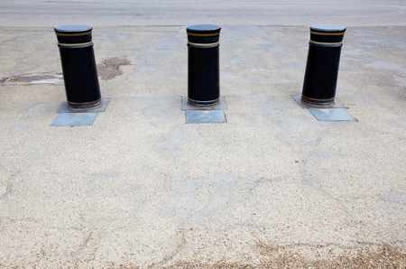 bollards: Retractable Bollards in London