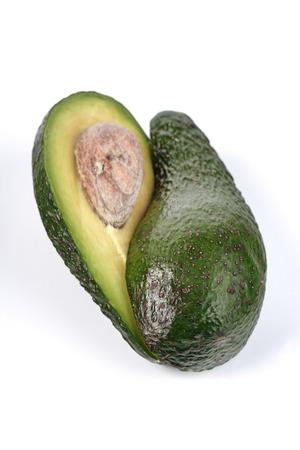 Studio shot of avocado on white background LANG_EVOIMAGES