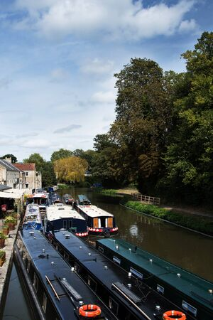 View of the Kennet and Avon Canal in Bath, Somerset, England, Europe