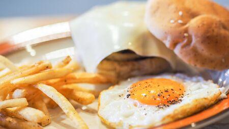 meat burger close up egg Imagens