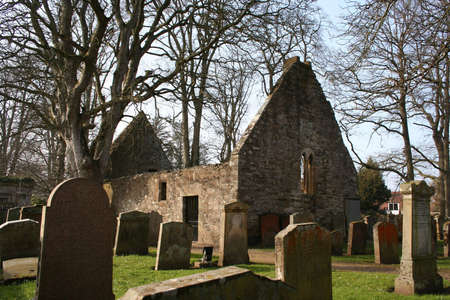 cemetry: The ruined Auld Alloway Kirk, the setting for Robert Burns poem Tam OShanter, in Ayrshire, Scotland