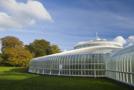 kibble: Glasgows newly refurbished Kibble Palace in autumn sunshine Stock Photo