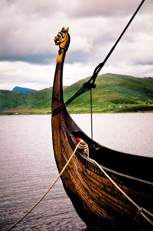 norge: Traditional viking boat in the north of Norway