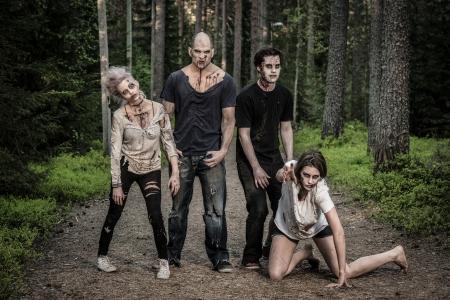 loco: zombies sangrientos miedo espera de una presa