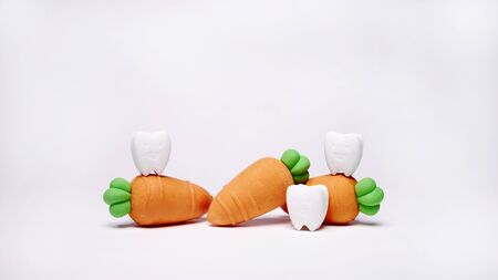 Smile Tooth Model with Carrot Model If You Eat Vegetables That Are Good For Your Teeth Stok Fotoğraf