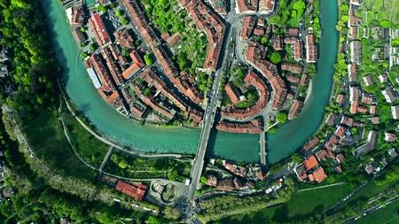 Vue aérienne de haut en bas de la vieille ville de Berne. Suisse