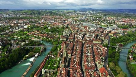 Flight over Altstadt, historic part of Bern, the capital of Switzerland Banque d'images