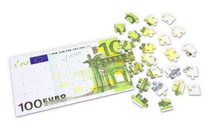 100 Euro puzzle - finances concept Stok Fotoğraf