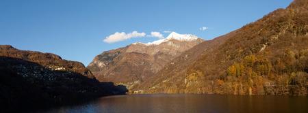 contra: Dam of Contra Verzasca Ticino, Switzerland: Lake of Contra