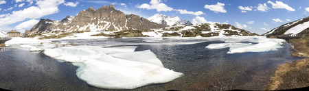 bernardino: San Bernardino pass, Switzerland : Lake San Bernardino during thawing of the water.