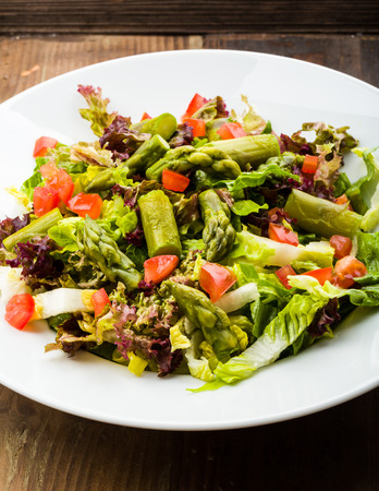 fresh asparagus salad with tomatoes