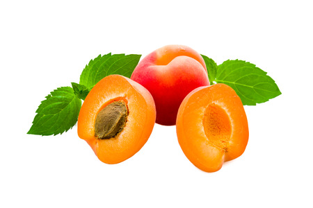 jams: Apricots on a underground with fresh mint