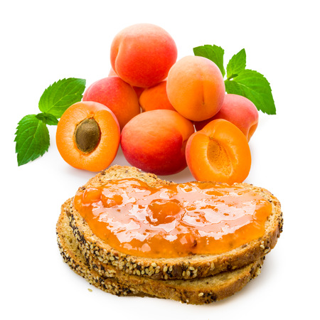pome: Apricot as the fruit and spread with mint