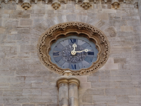 saint stephen cathedral: The clock at Saint Stephen s Cathedral, Vienna Stock Photo