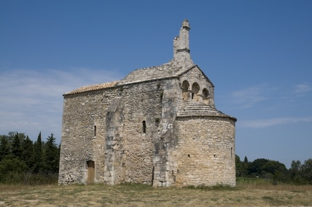 seventeenth: Chapel St Laurent: At the gates of Beaucaire is Carolingian period (twelfth century). She was ravaged by the Protestants in the seventeenth and during the passage of the Duc de Rohan in 1628 that burned and largely demolished. The Archbishop of Arles orde Stock Photo