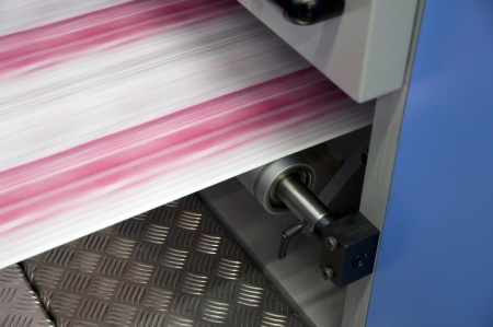 printing press: Offset press printing for labels