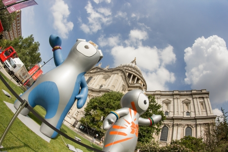 London 2012 Olympics mascot,Wenlock and Mandeville, in front of Saint Paul