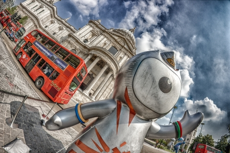 London 2012 Olympics mascot,Wenlock and Mandeville, in front of Saint Paul in HDR