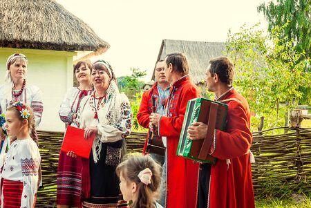 Bridal Parade, Lutsk Ukraine 29/06/2014. 免版税图像 - 140051600