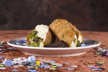 aliments: Sicilian cannoli