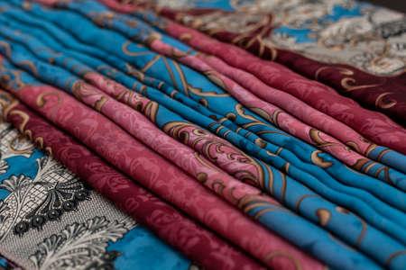 Color blue pink textil, silk fabric with pleats Banque d'images