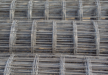 wire mesh: roll of wire mesh steel pattern on site work