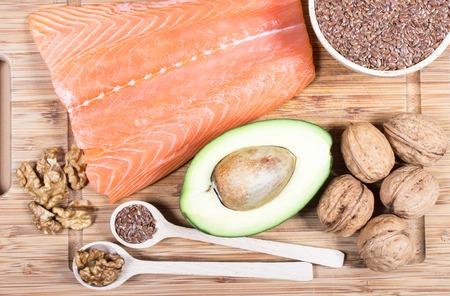 comidas saludables: Las fuentes de ácidos grasos omega 3.