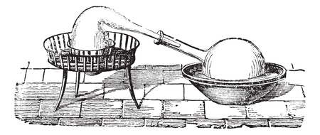 destilacion: Aparato de destilaci�n simple, grabado de �poca. Ilustraci�n del Antiguo grabado de un aparato de destilaci�n simple. Vectores