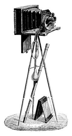 Caso fotográfico del señor francés, ilustración de la vendimia grabado. E.-O. enciclopedia Industrial Lami - 1875. Foto de archivo - 41720990