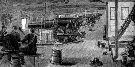 destroyer: Life on board. The battery, vintage engraved illustration. Journal des Voyages, Travel Journal, (1879-80).