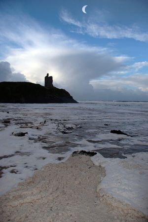 ballybunion castle ireland after a winters storm Stock Photo - 2615931