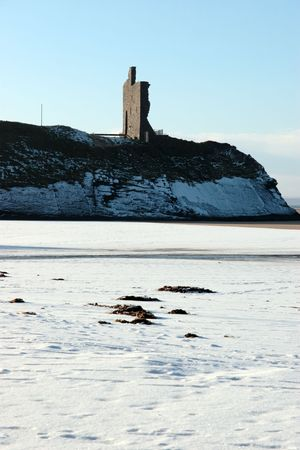 co  kerry: winters beach view of the castle overlooking the beach in ballybunion co kerry ireland Stock Photo