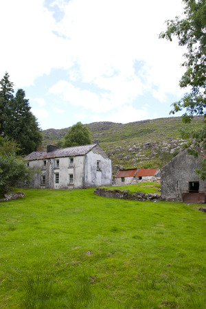 abandoned farmhouse abandoned farmhouse: old abandoned farmhouse in the mountains of county Kerry Ireland